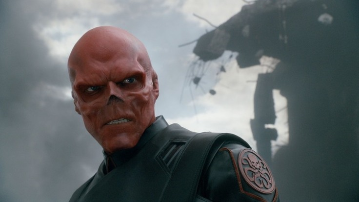 marvel-fan-transforms-face-and-cuts-off-nose-to-look-like-red-skull