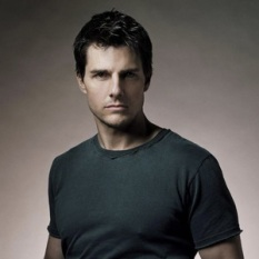 Tom Cruise (52)