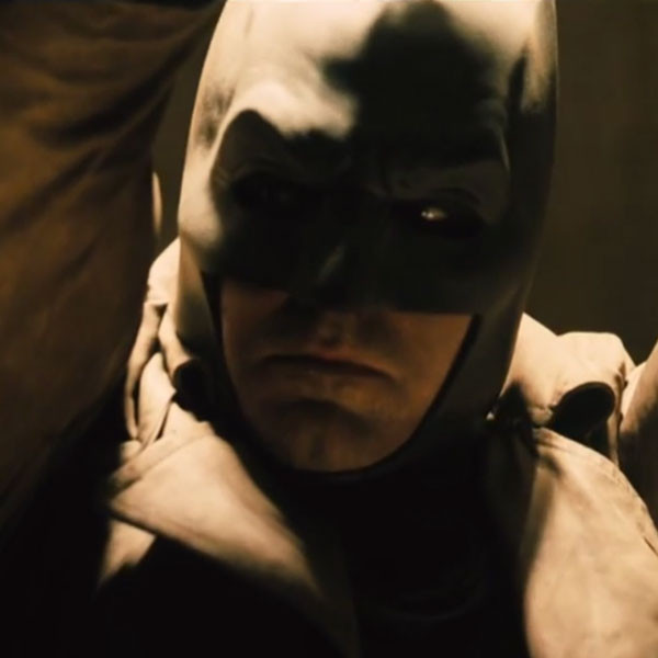 rs_600x600-151130194718-600.batman-superman-teaser.bn.113015